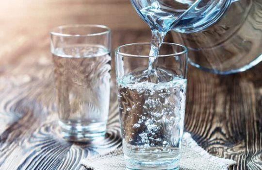 Tips Meratakan Perut Buncit Tanpa Menahan Rasa Lapar Minum Air Putih